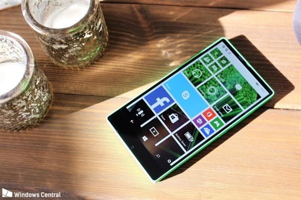 美如画?3年前诺基亚默默做了款全面屏手机