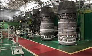 探秘俄重点发动机厂 航发满地摆