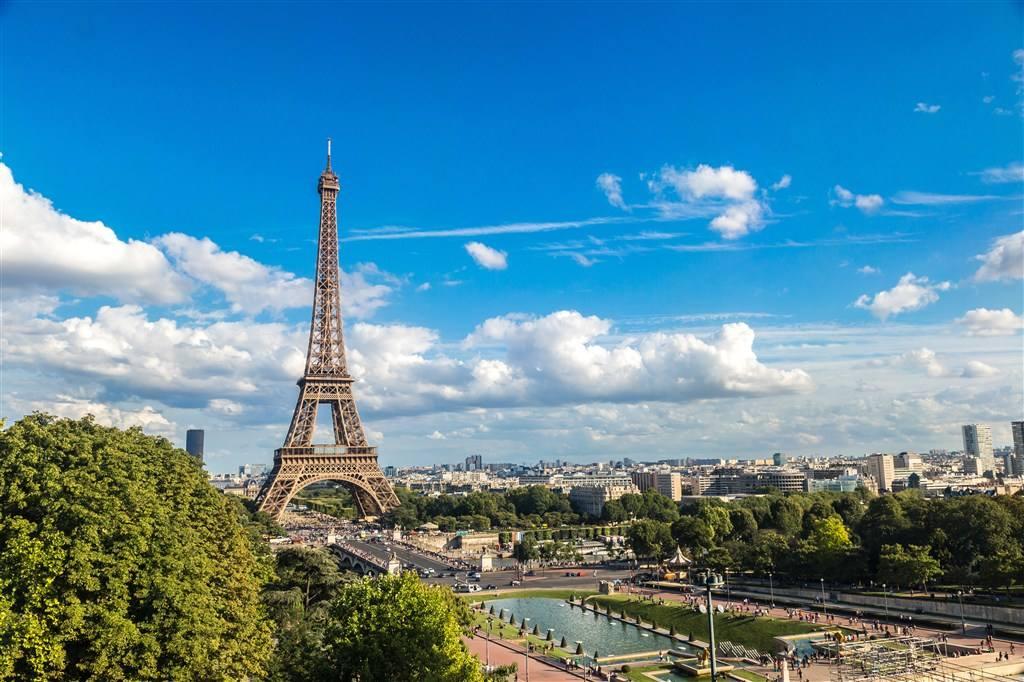 法国公务员将举行大罢工 学校系统恐受影响