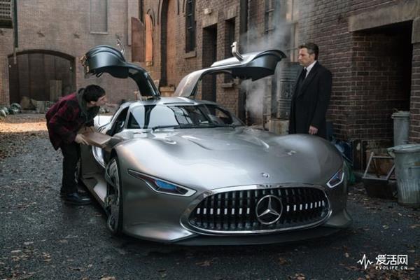 蝙蝠侠座驾换成AMG:梅赛德斯打入正义联盟内部