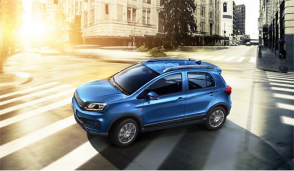 终端售价7.49-11.49万 云度新能源汽车首款纯电动SUV π1正式上市