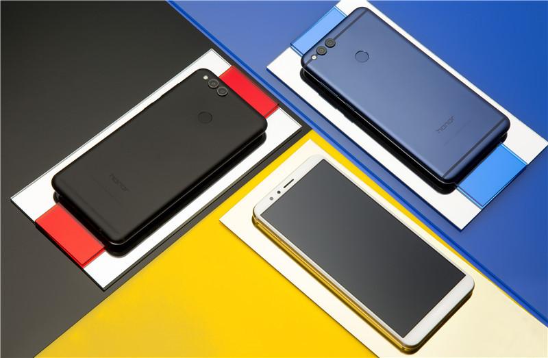 荣耀畅玩7X图赏 千元全面屏手机也可以这么美