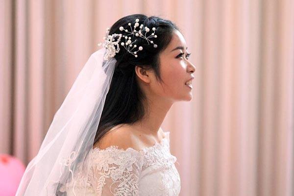跨越2000公里的婚礼:我跑到兵营嫁你