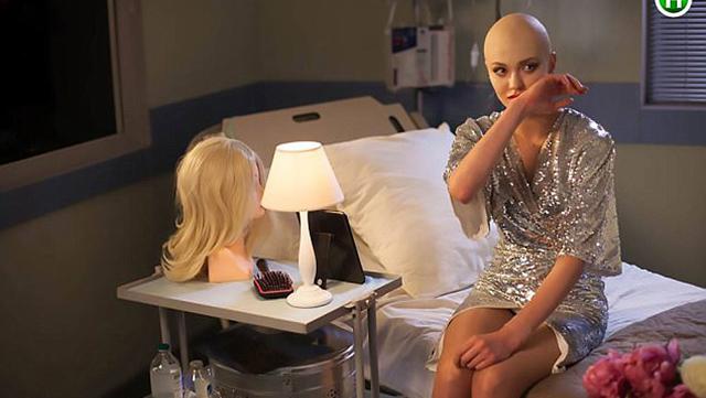 模特假扮癌症患者遭痛批