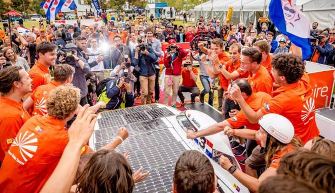 2017年世界太阳能车挑战赛:荷兰Nuon车队夺冠
