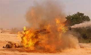 榴弹炮发射仿佛烧着火炮