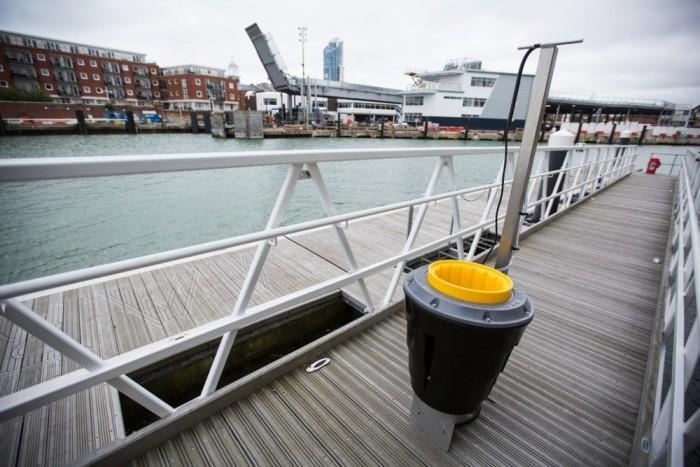 海上垃圾桶Seabin在英国首次被大规模商用