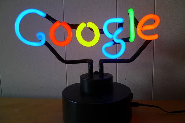 "AI语音助手拼""智商"":谷歌最高 六岁儿童级别"