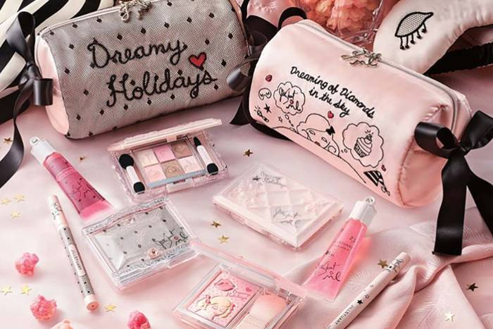 圣诞彩妆限量彩妆版 挤爆了门也要买