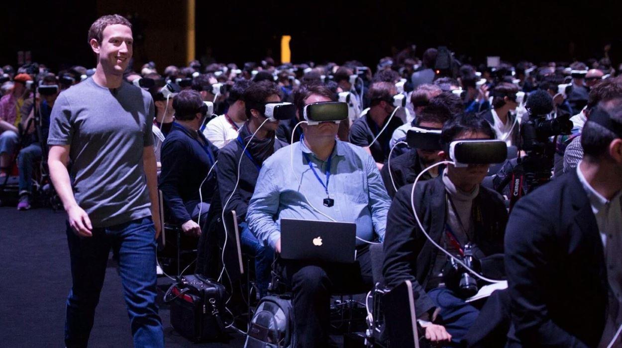 VR头盔降温 扎克伯格20亿美元收购打了水漂?