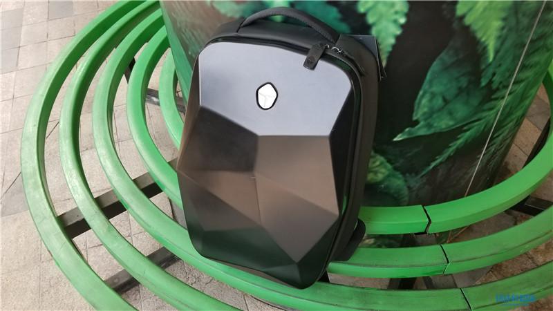 潮流数码装备 雷神·至潮数码机能双肩背包图赏