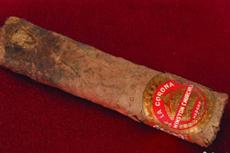 丘吉尔抽剩半支雪茄卖1.2万美元