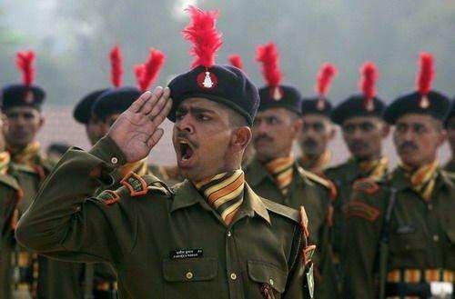 印媒:为防中国 印度要将这支重要部队机械化