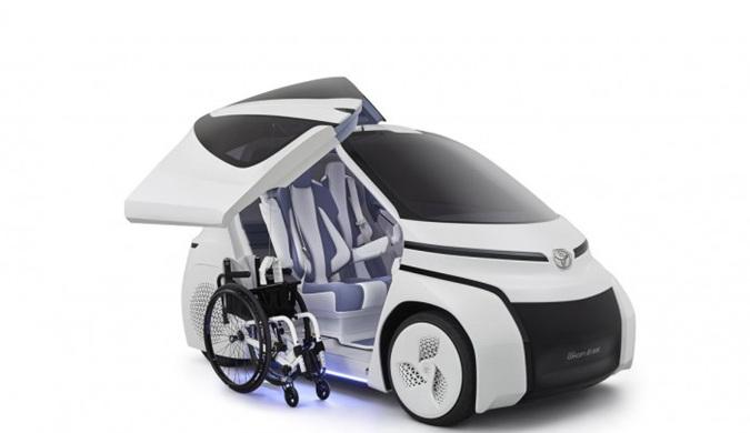丰田展示智能残疾人士车 让残疾人出行更为方便