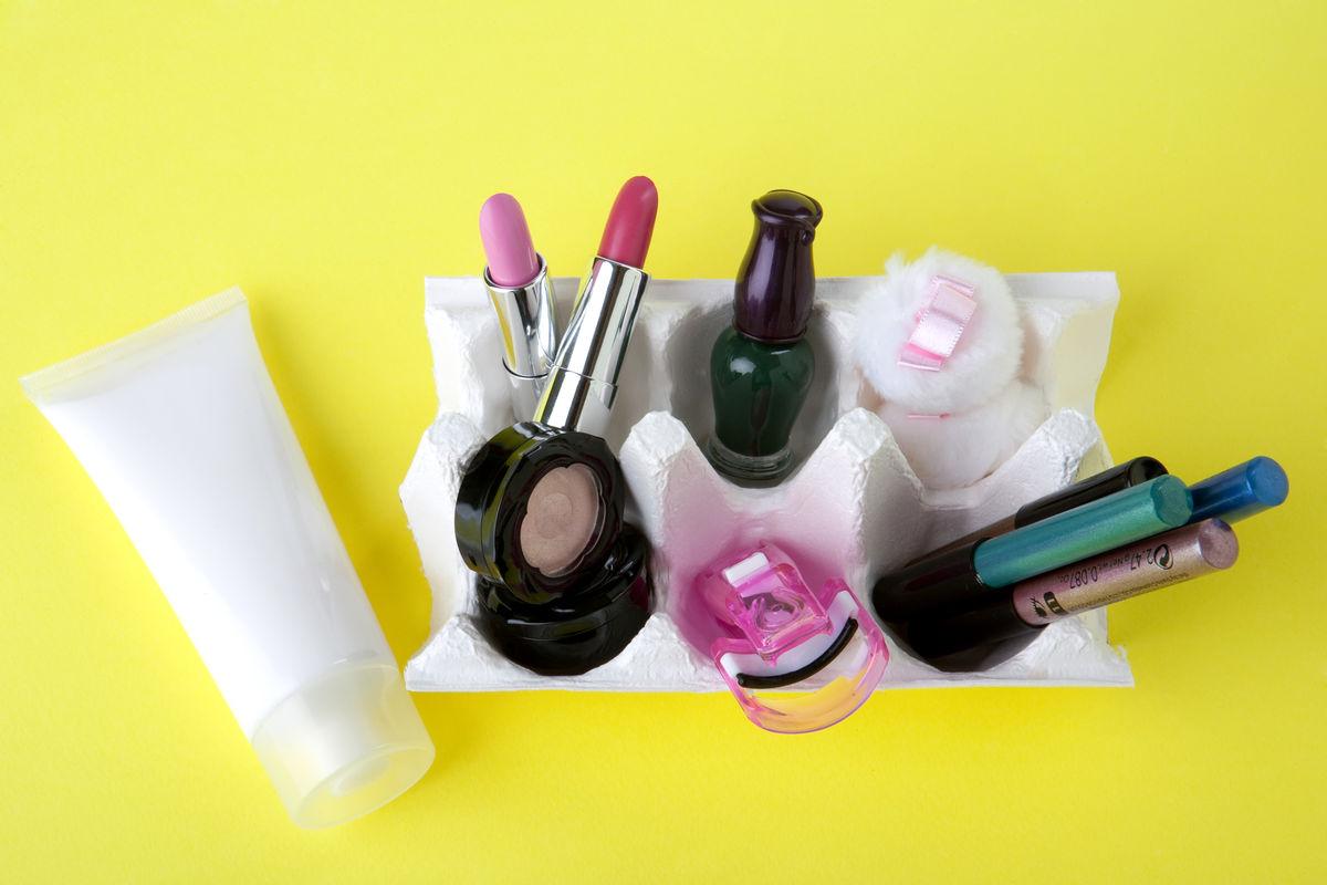珀莱雅实控人近亲属销售化妆品 不视作同业竞争?