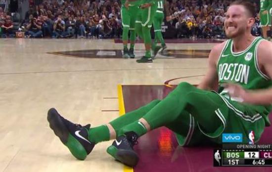 绿军宣布海沃德左脚踝断裂 将会进一步做MRI检测