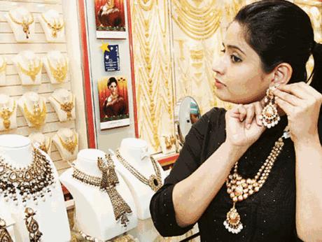 印度排灯节前一天 迪拜黄金价格开始上升