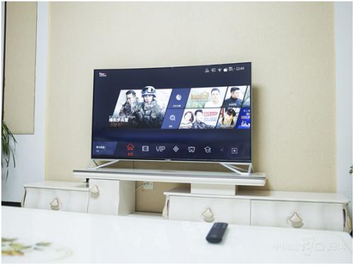 年轻人买电视必看攻略 颜值画质功能都不能少