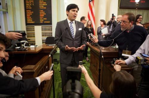美加州华裔参议长将角逐联邦议员 愿助推免费教育