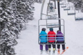 雪季即将开始 如何正确看待滑雪的安全与危险?