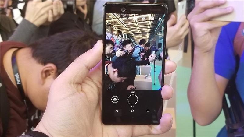 蔡司认证支持双视野拍摄 Nokia 7现场图赏