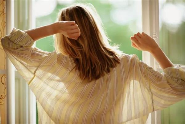 坚持早起竟发生这7种惊人变化:再不睡懒觉了