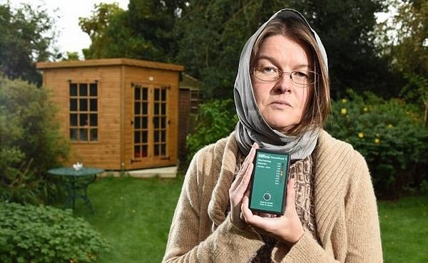 英44岁女治疗师对Wi-Fi过敏 辞职过隐居生活