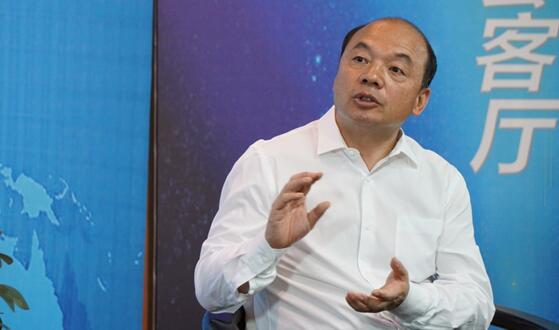杨建国:封丘找到了用产业集聚区精准扶贫的新路