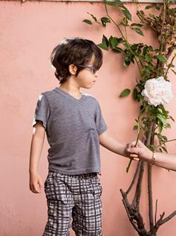 美摄影师展患罕见病儿童生活常态