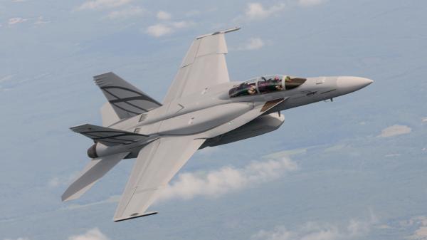 冲击F35?波音公司向美军推荐改进版F18舰载机