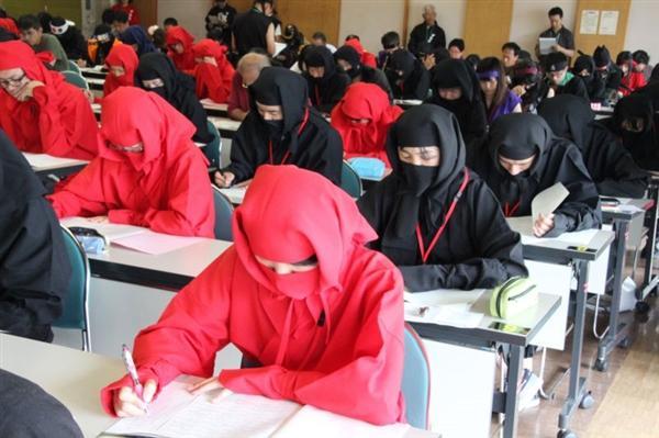 日本举行忍者资格考试:会丢手里剑能加分