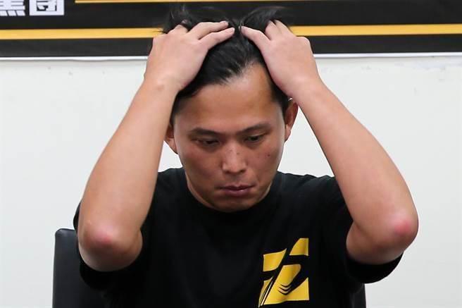 黄国昌向支持者喊话 网友不买账:这个党可以退场了