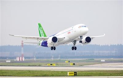 """C919客机圆国人""""大飞机梦"""":实现技术集群式突破"""