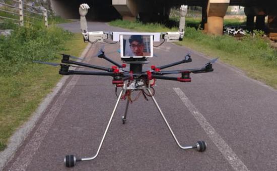 无人机与机器人合体