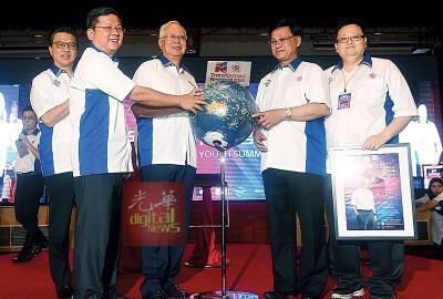 马来西亚总理:商讨中 近期将宣布增建华小数目