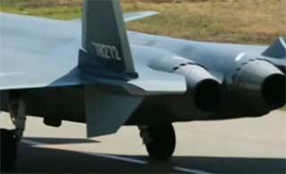 78272号歼20战机首次亮相