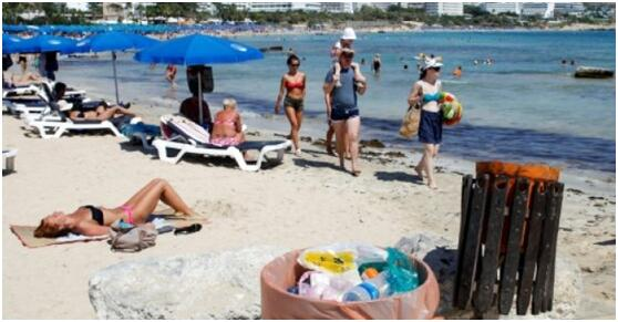 塞浦路斯游客过多现环境隐忧 处理废弃物面临挑战