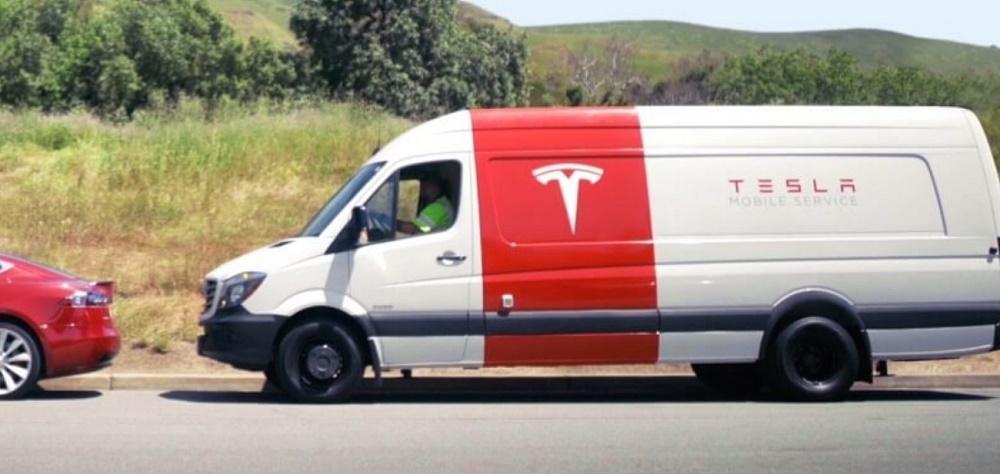 特斯拉明年将推电动面包客服车:为车主上门修车