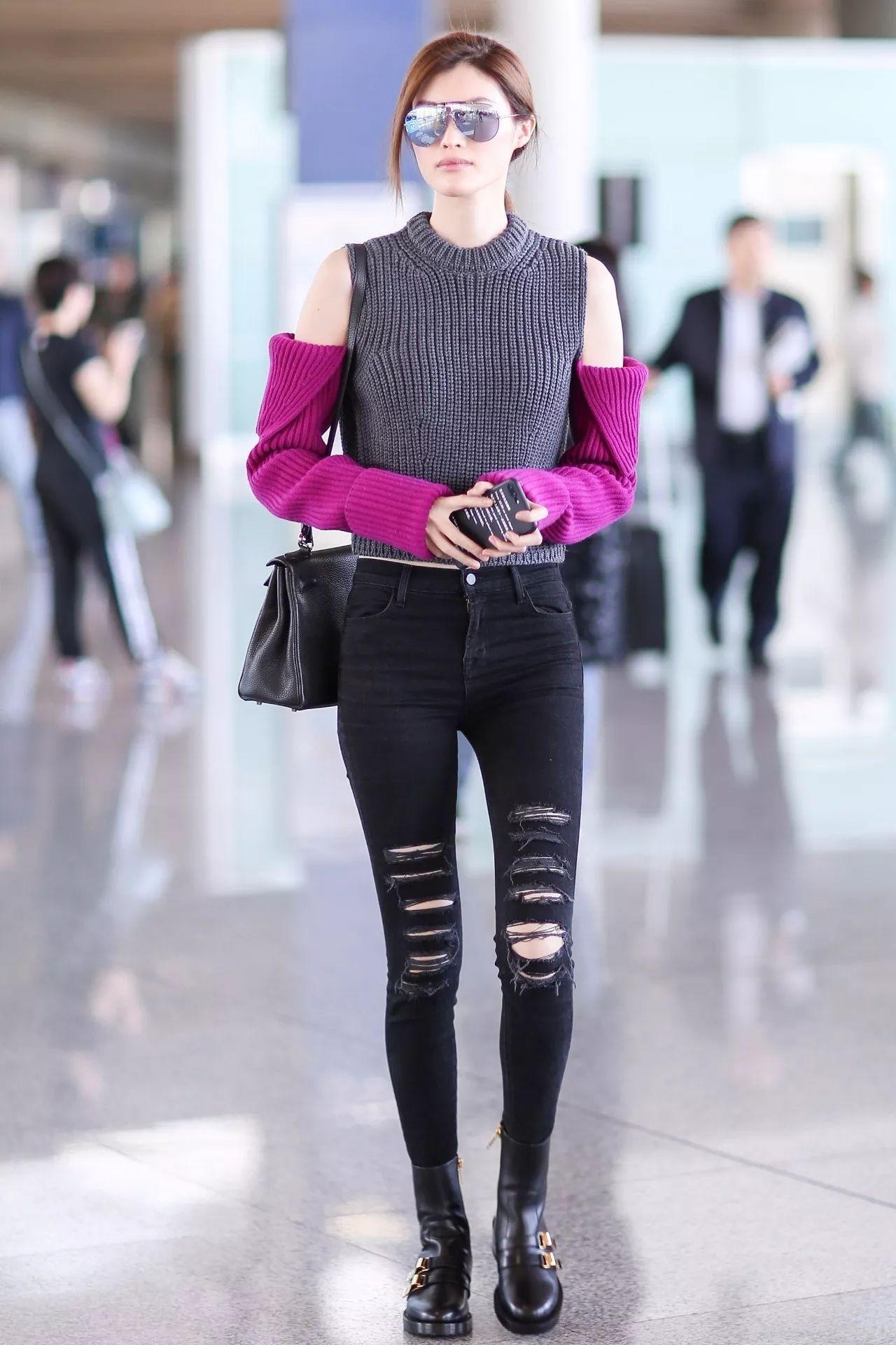何穗2017年10月11日北京机场街拍-快看 范冰冰和Angelababy一起扮图片
