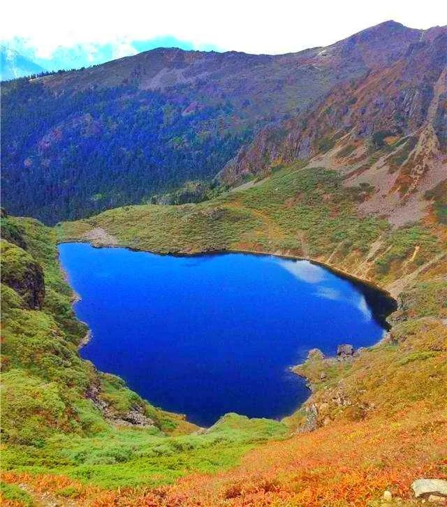 这个地方独霸9个漂亮湖泊 每年却只有80人到达!