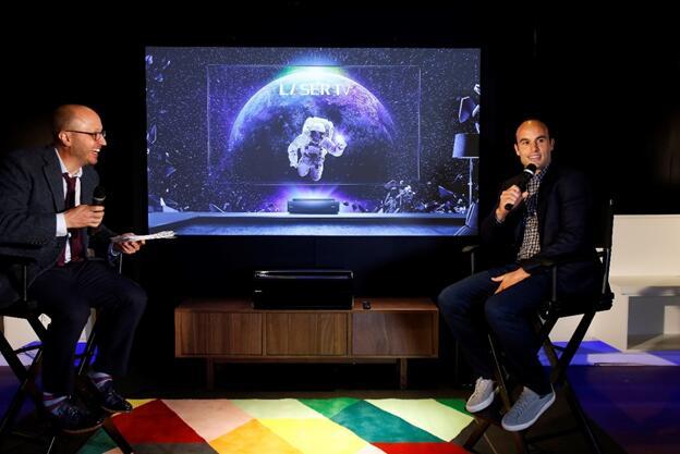 跨界营销新境界 海信4K激光电视在美音响店开售