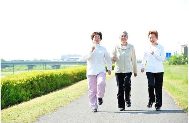 女性较男性更为长寿?日媒列举七大原因