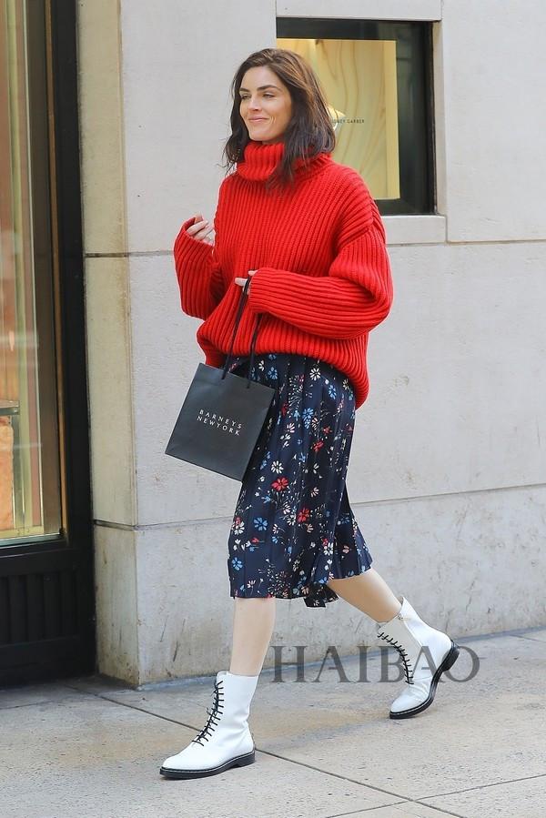 志玲姐姐这么穿可真美,温暖的针织毛衣被女明星团宠啦!