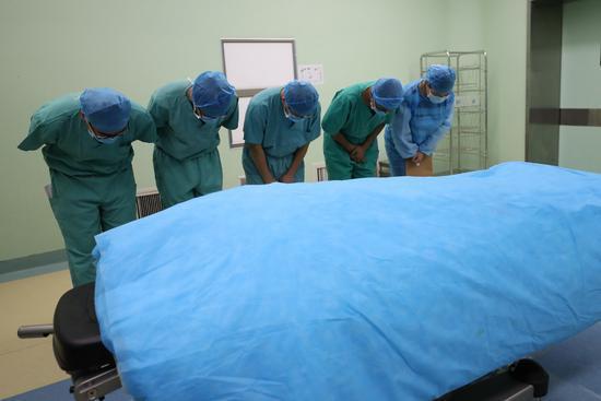 山东32岁硕士车祸离世 捐献器官救五个陌生人