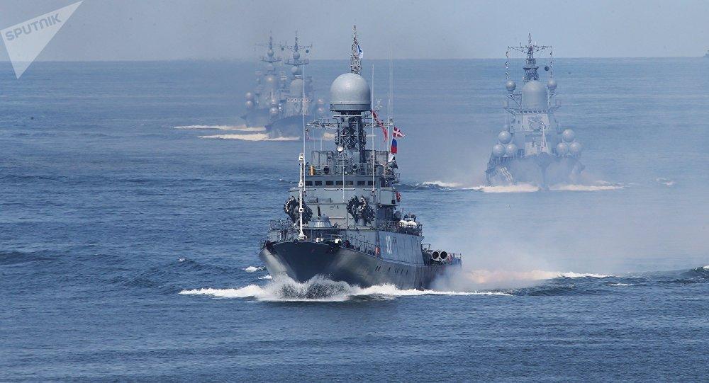 俄海军司令:俄海军恢复全球存在 有上百艘军舰