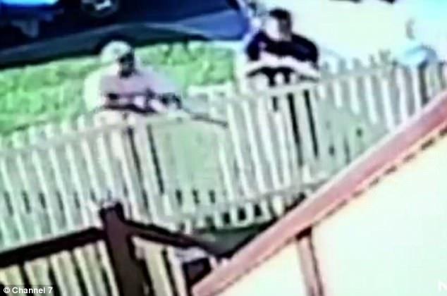 网上贴子引来横祸 澳男子遭四男子持枪威胁