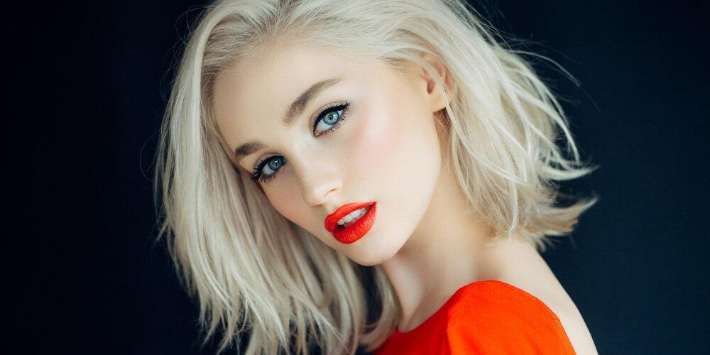 外媒盘点16个美妆技巧 让你不整容即换脸