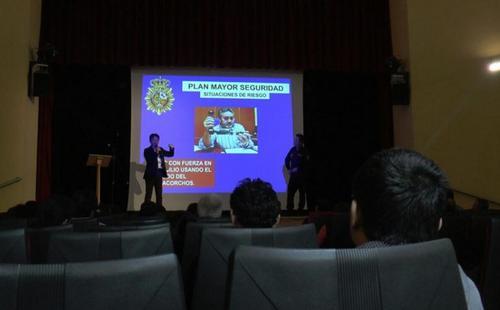 西班牙华社与警署合作 为当地华人提供安全知识讲座