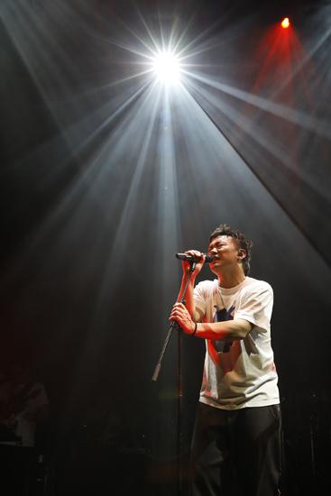 陈奕迅成为首位在柏林开唱的香港歌手