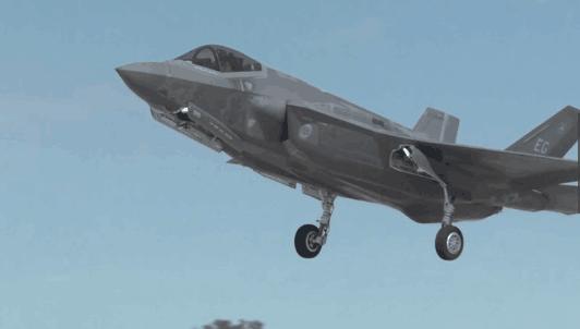 美空军两架F35A战机抵日 系亚太首次实战部署